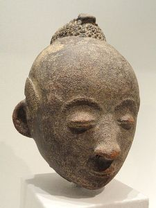 Terracotta head (mma), art of the Akan people of Ghana